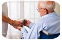 Aposentado por invalidez que precisa de assistência permanente pode ter acréscimo no benefício