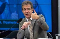 União, estados e municípios preparam proposta para substituir a CPMF