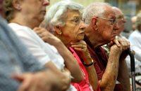 Decreto garante adiantamento do 13º salário para aposentados