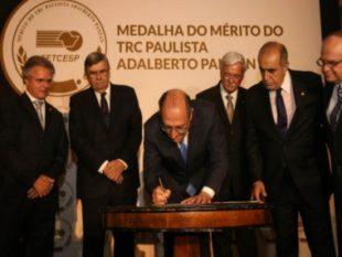 Alckmin regulamenta lei que pune quem vende produto roubado