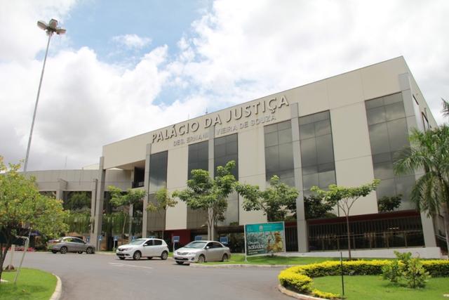 Prefeitura é condenada a pagar FGTS a contratada