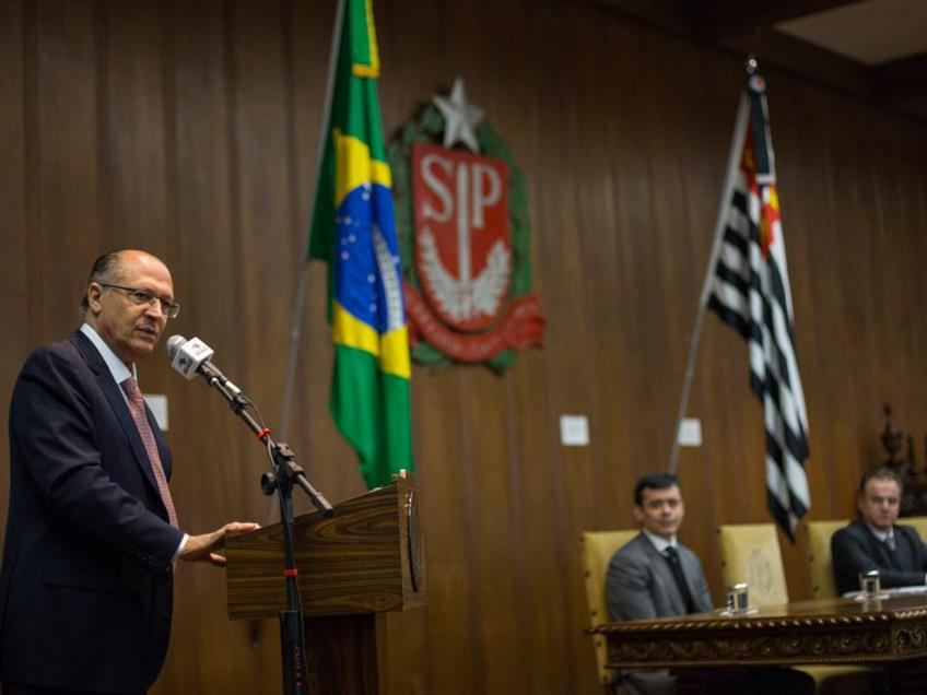 Governador Alckmin abre programas para parcelamento de dívidas de empresas e pessoas físicas
